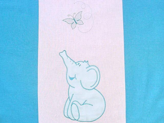 Elefantel cu fluturas